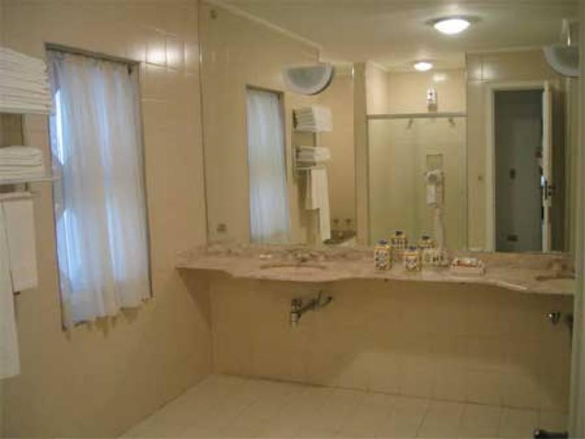 10124913_1_Flat1-banheiro1.jpg