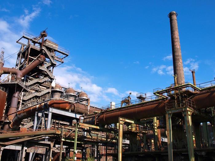 Fototapete Altes Stahlwerk im Ruhrgebiet  Pixers  Wir