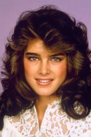 1980s makeup hair nails inspiration