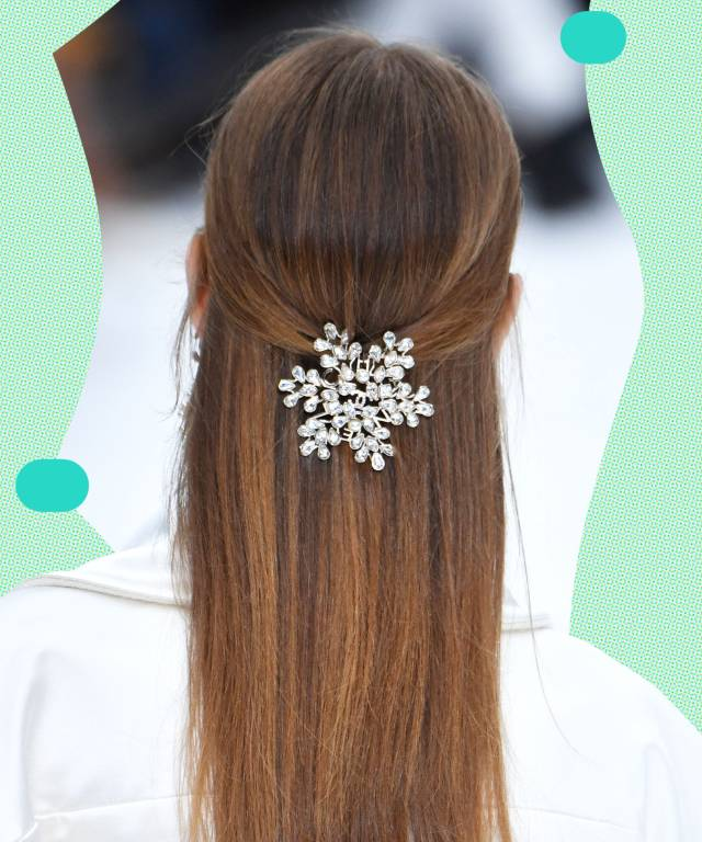 pretty half-up half-down wedding hairstyles for brides