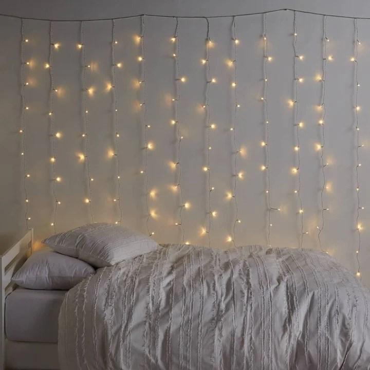 pokvariti fairy lights in room