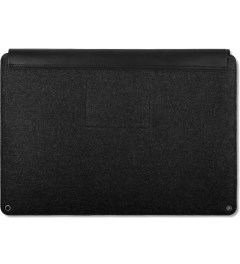 "MUJJO Black 13"" Macbook Air & Pro Retina Sleeve Model Picture"