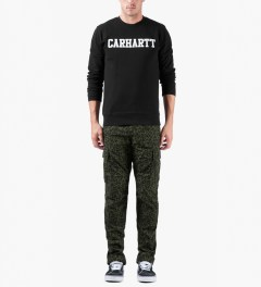 Carhartt WORK IN PROGRESS Panther Print/Cypress Regular Cargo Pants Model Picutre