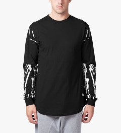 Stampd Black Glass Allover Print L/S T-Shirt Model Picutre