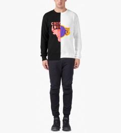Saquatchfabrix. Black/White Rival Crewneck Sweater Model Picture
