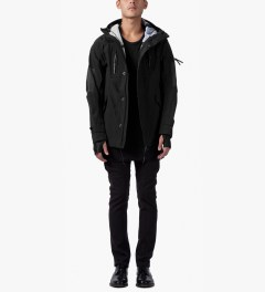 11 By Boris Bidjan Saberi Black PR2 J2 F-1307 Jacket Model Picutre