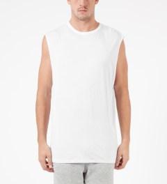LAPSE White Annular Sleeveless T-Shirt Model Picutre