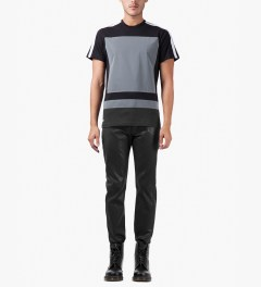 Surface to Air Black Regular Denim Jeans Model Picutre