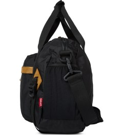 The Earth Black OD-13L. Travel Bag Model Picture
