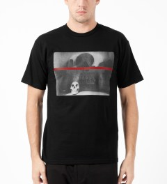 Black Scale Black Shanti Skull T-Shirt Model Picture