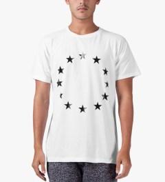 Études Studio White Star Powder Slim T-Shirt Model Picutre