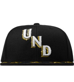 Undefeated Black Star Snapback Cap Picture