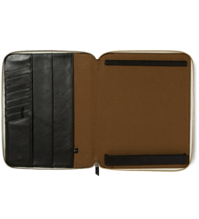 Narita White and Black iPad Zip Case