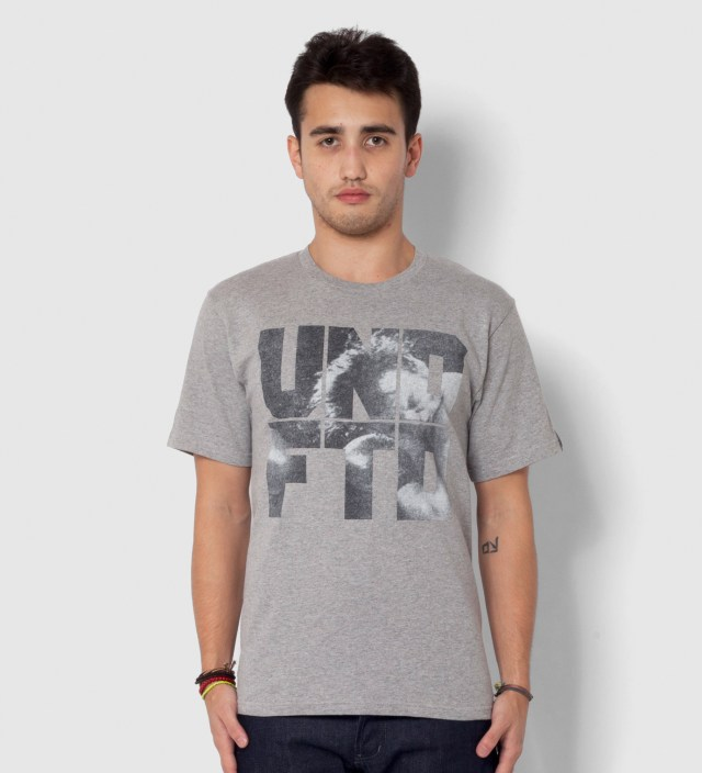 Heather Grey SS Punch T-Shirt