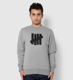 Undefeated Heather Grey 5 Strike Basic Sweater Model Picutre