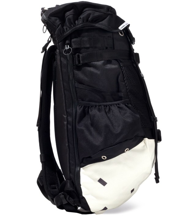 A. FOUR X immun. White Recto Back Pack