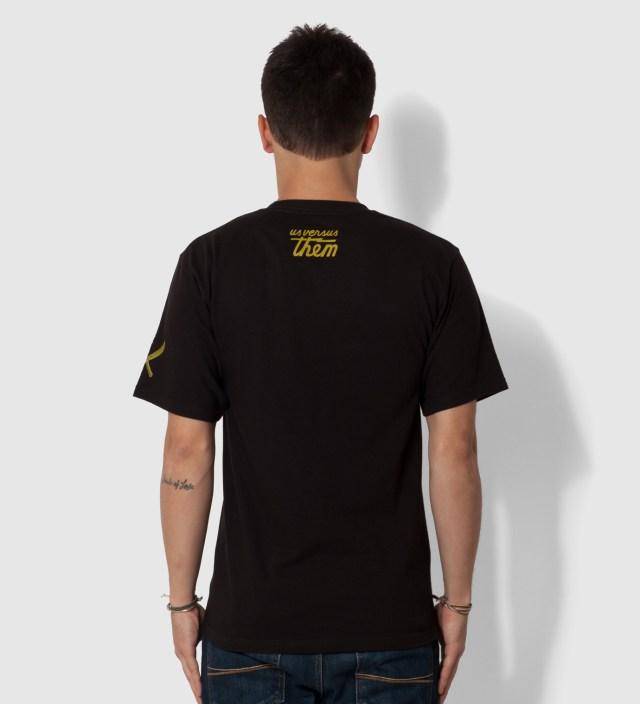 Black Improvise Arrow T-Shirt