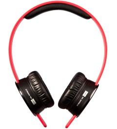 SOL REPUBLIC Red Tracks V8 Headphones Model Picture