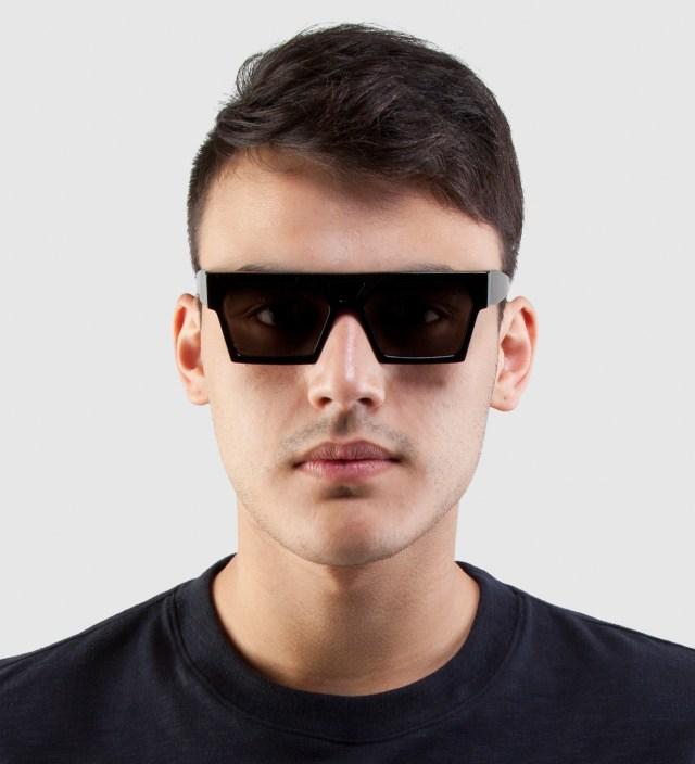 Luciano Black Sunglasses