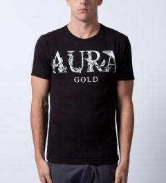 AURA GOLD Black Aura Statue T-Shirt Model Picture