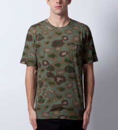 ZANEROBE Leopard Camo Cats With Guns T-Shirt Model Picutre