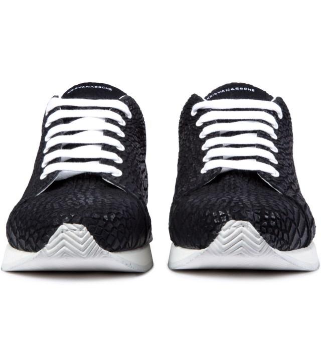 Black Crocodile Pattern Low Sneakers