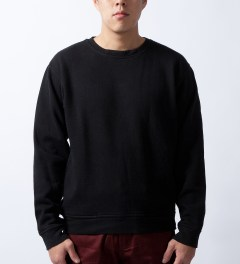 U.S. Alteration Black Sweater Model Picture