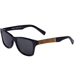 Shwood Grey Polarized Black Maple Burl Canby Sunglasses Model Picture