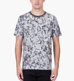 Wood Wood Marblecamo Grey Talbot T-Shirt Model Picutre