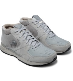 Reebok Garbstore x Reebok Carbon/Steel/Grey M43012 GS Pump Running Dual Mid Shoes Model Picture