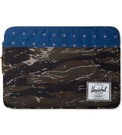 "Herschel Supply Co. Tiger Camo/Hyde Anchor 13"" Macbook Sleeve Case Picutre"