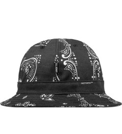 Undefeated Black Bandana Bucket Hat Model Picutre