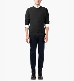 Surface to Air Black Classic Crewneck Sweater Model Picutre