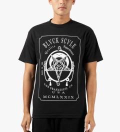Black Scale Black Qualite Superieure T-Shirt Model Picutre