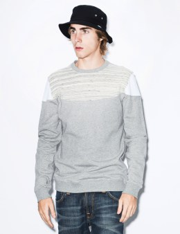 IUTER Light Grey Round Sweater Picture