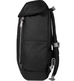 ULTRAOLIVE Black/Grey Pebble Backpack Model Picture