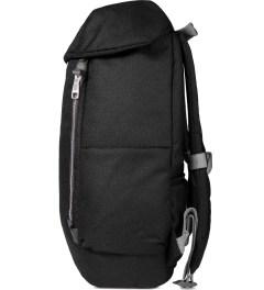 ULTRAOLIVE Black/Grey Pebble Backpack Model Picutre