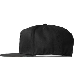 10.Deep Black Living Larger Snapback Cap Model Picutre