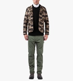 Carhartt WORK IN PROGRESS Black Pocket Crewneck Sweater Model Picutre