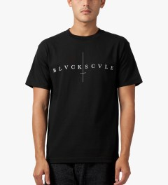 Black Scale Black Sinners Logotype T-Shirt Model Picutre