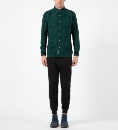 Liful Green Wool Puzzle Shirt Model Picture