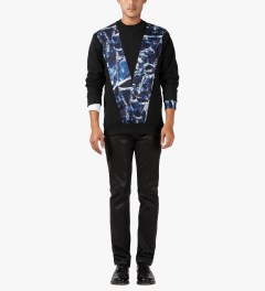 Études Studio Black V Crewneck Sweater Model Picutre