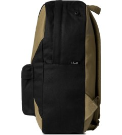 Herschel Supply Co. Black/Sand Heritage Backpack Model Picutre