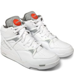Reebok White/Grey Pump Omni Zone Shoes Model Picture