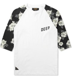 10.Deep White Slope 3/4 Baseball T-Shirt Picture