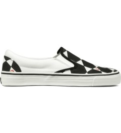 JohnUNDERCOVER Black and White Geometric Pattern Slip-On Sneakers Picutre