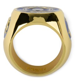 Black Scale Gold Citizen Ring Model Picture