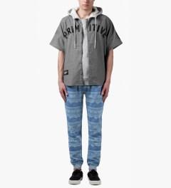 Staple Indigo Badlands Sweatpants Model Picutre