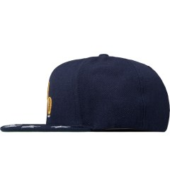 Undefeated Navy Star Snapback Cap Model Picutre