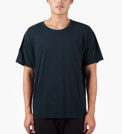 JohnUNDERCOVER Navy Side Stitch S/S Pocket T-Shirt Model Picture